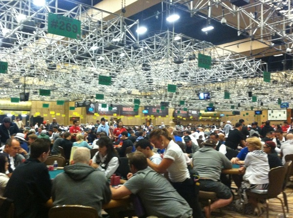 Walking into the World Series of Poker for the 1st time every year always takes my breath away #ddWSOP