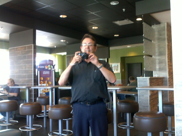 'Sure u can take my pic, stranger of McDonalds.' ☺ Didn't realize I was so famous! #superstar #funny