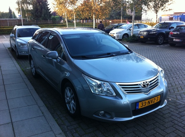 Best leuk, zo&#039;n vervangende auto! #avensis 