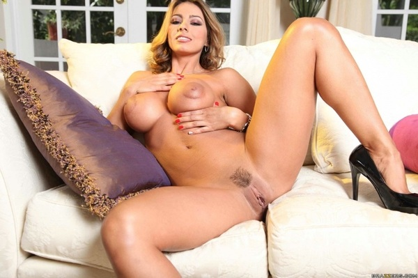 @DaddyPromotions   #Pussy #XXXPICS #TittySunday #TeamEsperanzaxxx  @esperanzaxxx