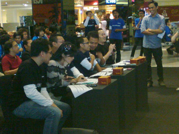 @SandraDewi88 as judge for #chip-nokiagamedeveloperwar ! Nokia is the besssttt!! ;)