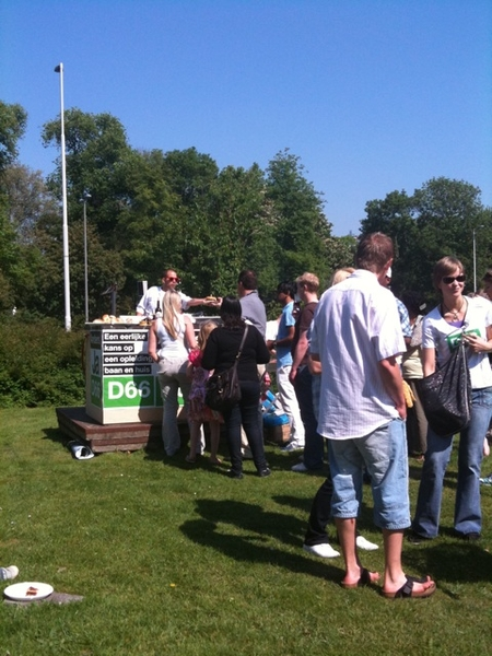 Men heeft de hamburgers gevonden ;) #twitnick #d66