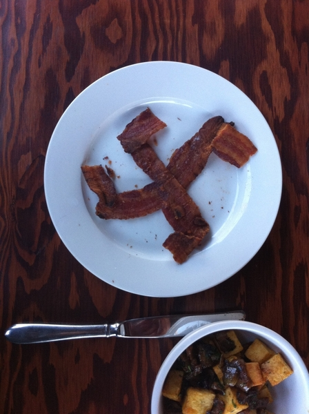 This Yom Kippur brunch was a disaster #Baconswastika
