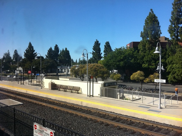 Palo alto #caltrain stop 