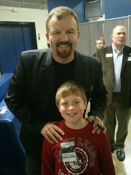 Colby&#039;s first concert and he got to meet @markhallCC   