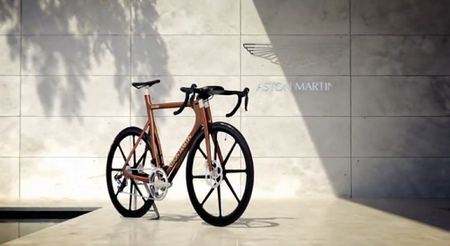 "Aston Martin launches $39.000 superbike ""One-77 Cycle"""