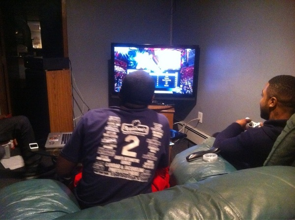 @Wu_Vo @2B_M2 let #thee games begin #thunder #heat #2k12