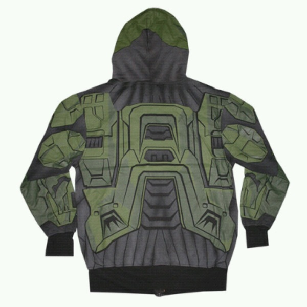 Coming in 2013 the Spartan line, now U can assassinate your friends in real life & stay warm. (@bsangel) #Halo #Jokes