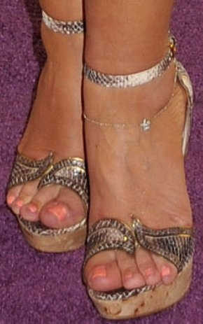 Leah remini feet