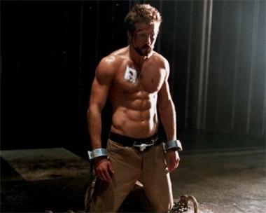 Twitter Ryan Reynolds on Gays Of Twitter  Marriage Between Scarlett Johansson   Ryan Reynolds
