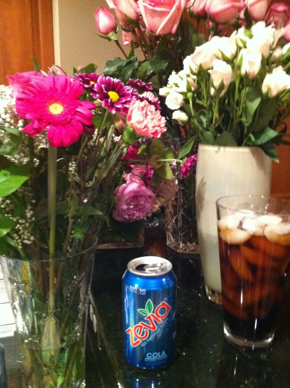 Hey @Zevia - just tried ur zero calorie soda for the first time. Its good. Also added flowers that were laying around