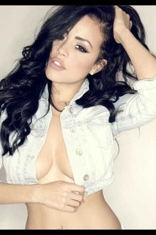 RT @samcookemodelDJ: a pic I did of @ChloeSaxon lookin hot ;) #SexyTwitPics #STPBabes Gorgeous!!!