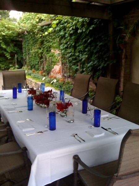 Robbie Ventura dinner: table set on deck ready 4 State Dinner tasting.Scallop/lobstr al mojo&amp;black mole big hits
