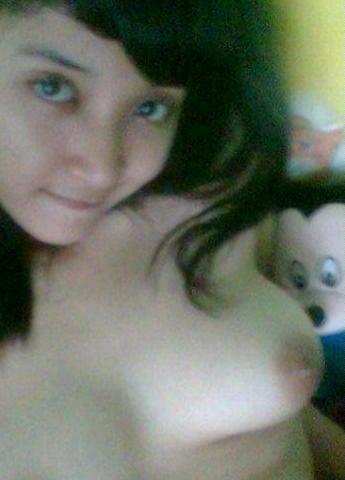 http://a0.img.mobypicture.com/d0a84034737c1b45bece4a5dd00c0769_view.jpg