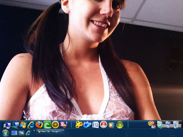 @TheRealAndiLand #DeskTopThursday 