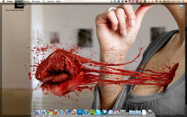 Nieuwe wallpaper #bloody