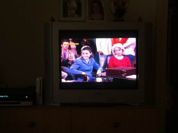 Watching reruns of Drake and Josh #amazing #memories @DanWarp