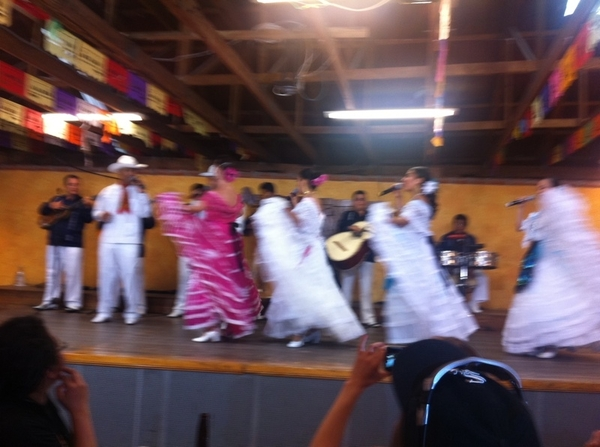 Arroyo: awesome show of Veracruz & mariachi music--gr8 singers, dancers.