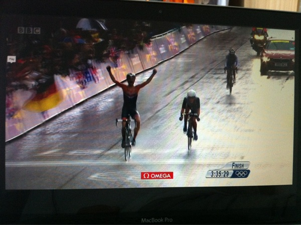 Gold for Marianne Vos #GoTeamNL #sportrightnow @marianne_vos well done!